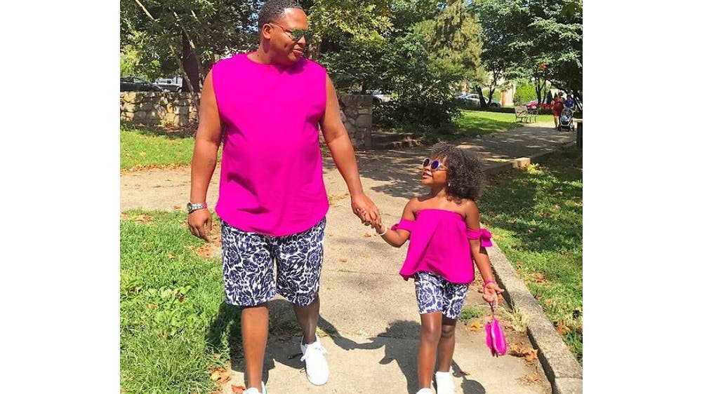 Un duo coloré Michael Gardner et sa fille Ava