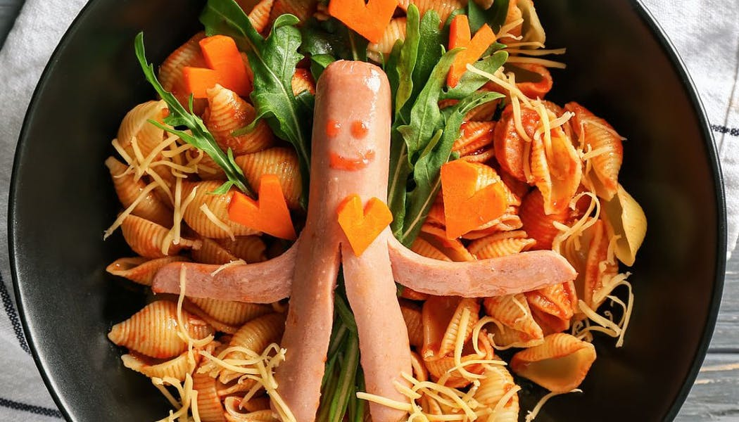 Saucisse de Francfort et pasta aux carottes