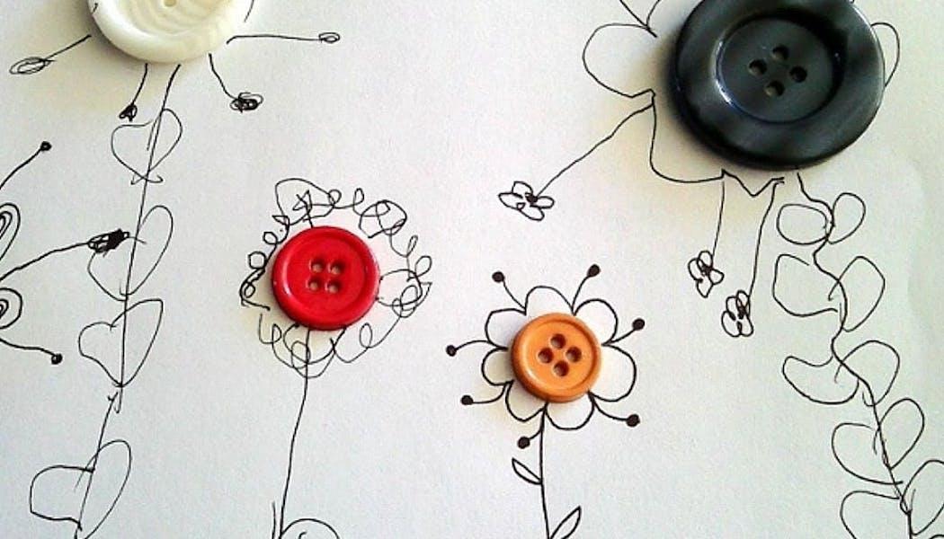 fleurs confectionnées à partir de boutons