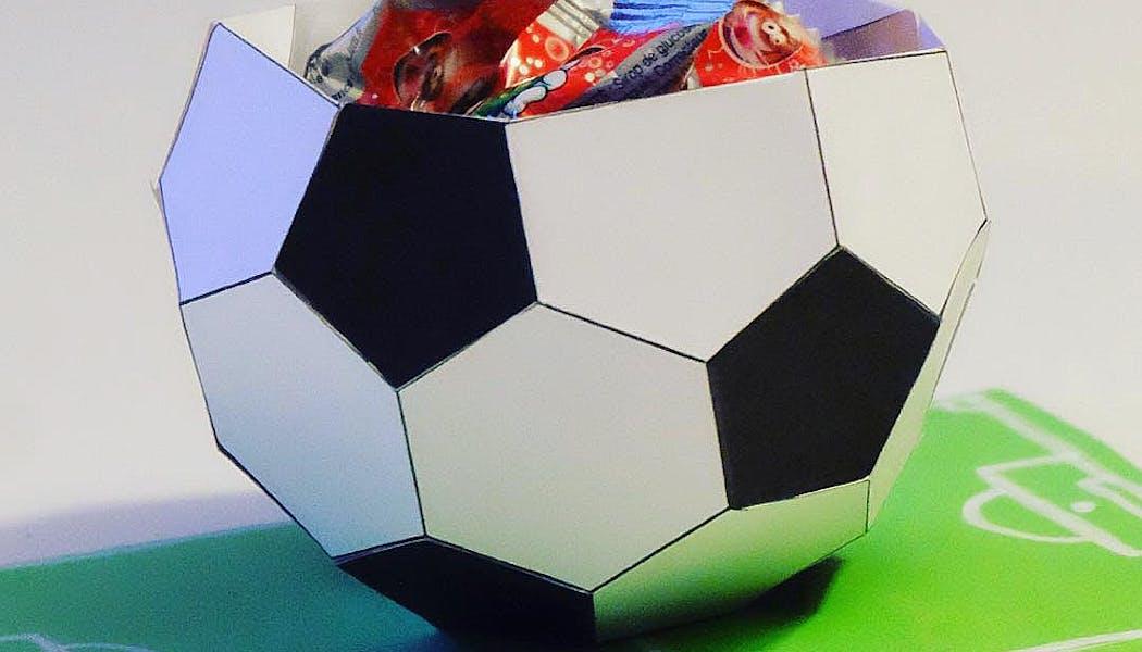 Un vide-poche en papier en forme de ballon