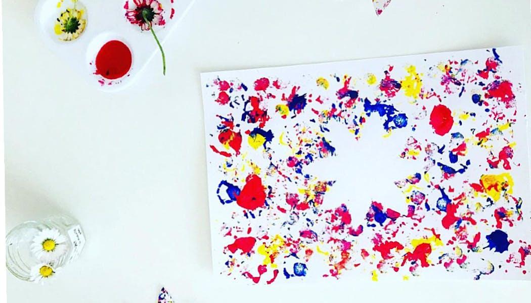 Peindre avec une fleur