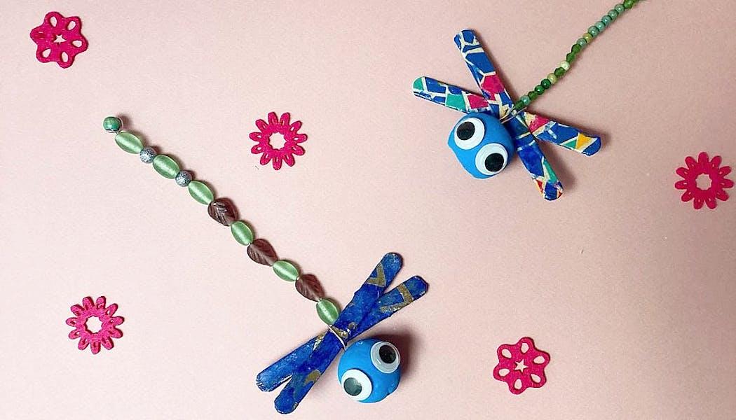 libellules faites avec bâtonnets