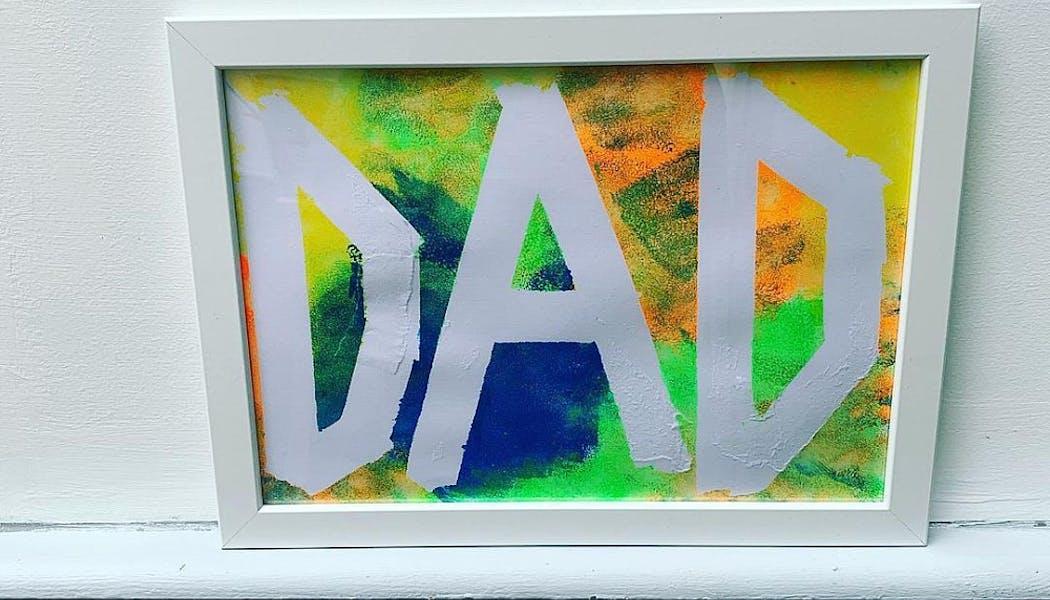 peinture ou il est inscrit dad, papa