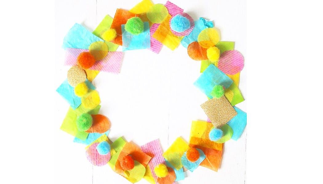 couronne de confettis et de pompons