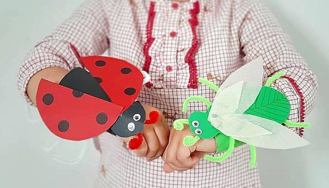 Coccinelle et libellule