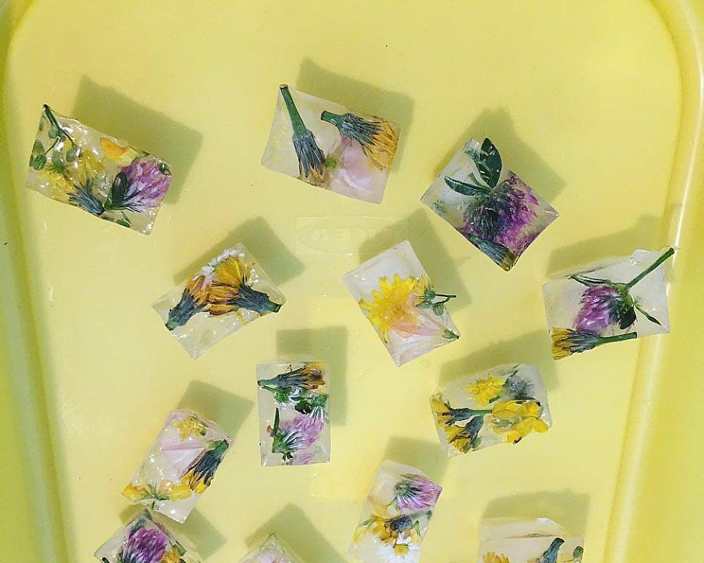 Les glaçons fleurs