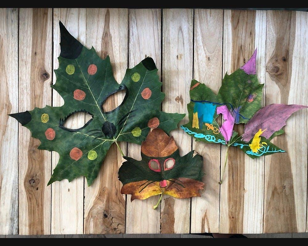 Des masques faits avec des feuilles