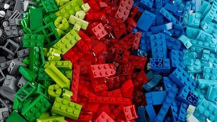 Lego invente une playlist zen de bruits de petites briques !