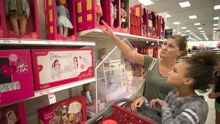 """La Californie projette de supprimer les rayons """"filles"""" ou """"garçons"""" pour les jouets, les vêtements et les articles de puériculture des grands magasins"""