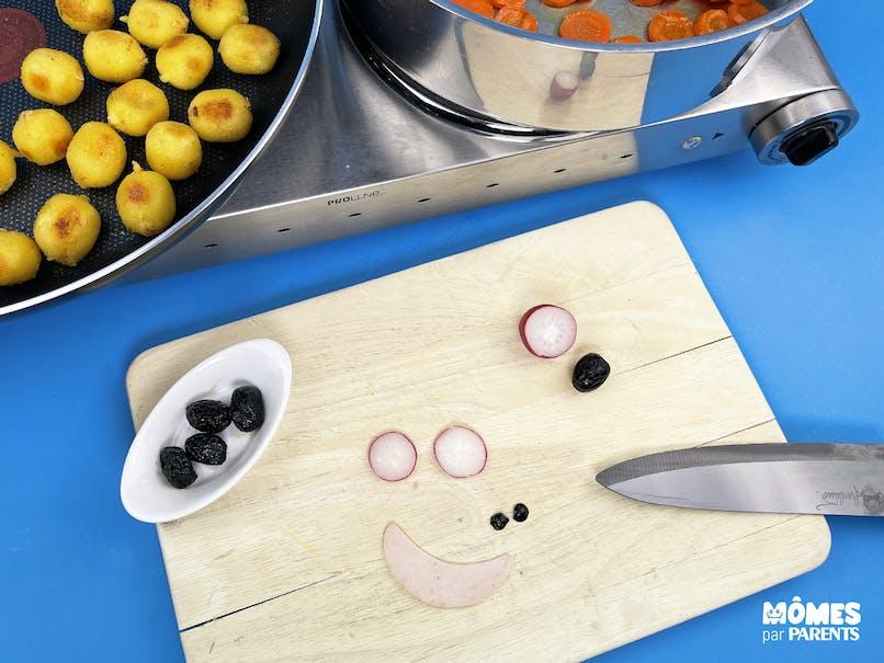 Découper les ingrédients décoratifs