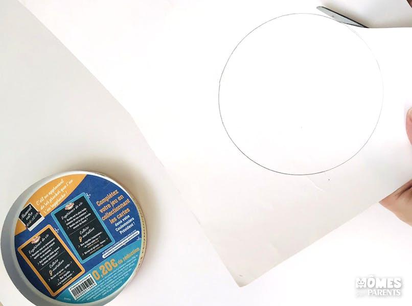 Utiliser la boîte à fromage comme support