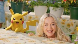 "25 ans de Pokémon : Katy Perry chante ""Electric"" avec Pikachu"