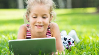 Des cahiers de vacances numériques pour les enfants