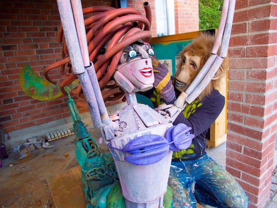 stockholm Ariel la petite sirène sculpture en déchets de herr nilsson