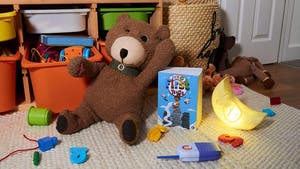 Des faux-jouets pour sensibiliser aux dangers des réseaux sociaux