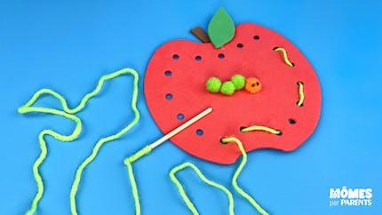 Pomme à lacer (inspiration Montessori)
