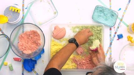 Vidéo - Replay - Mômes Part en Live - recette du sable magique maison et coloré