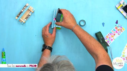 Vidéo - Replay - Mômes Part en Live - bricolage support de téléphone pour papa