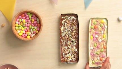 Vidéo Pâques : recette de tablettes de chocolat maison