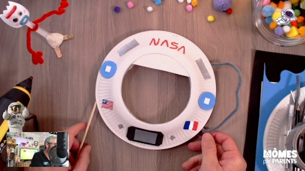 Vidéo - Replay - Mômes Part en Live - accessoire photobooth astronaute