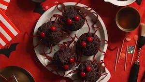 Vidéo : les muffins araignées d'Halloween